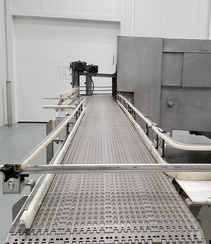 Close-up picture of a bottling line at MP2.